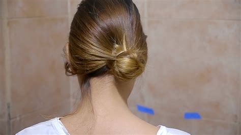 by request 1940s chignon variation 4 ways to do your hair in a side bun wikihow