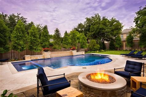 9 spectacular pictures of pools with a pit outdoor