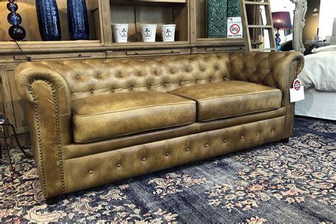 chesterfield divani divano chesterfield in vera pelle confalone