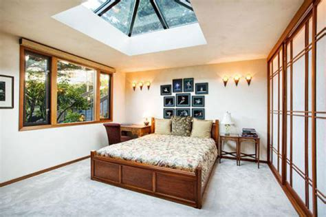 bedroom skylight 17 beautiful skylight bedroom designs for real enjoyment