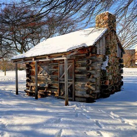 1000 idee su cabins su interni rustici