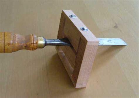 how to sharpen chisels on a bench grinder diy wood design make scrap wood grinders