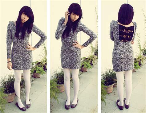 Yunita Dress yunita elisabeth leopard dress white tights flat shoes