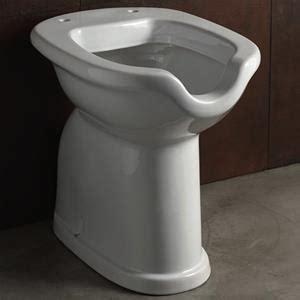 vasi per disabili wc per disabili scarico a terra in ceramica con apertura
