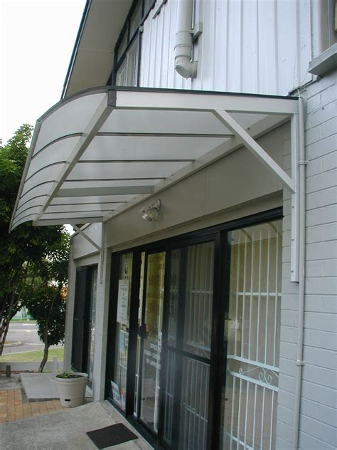 Polycarbonate Awning Design by Polycarbonate Cantilever Awnings Blind Elegance