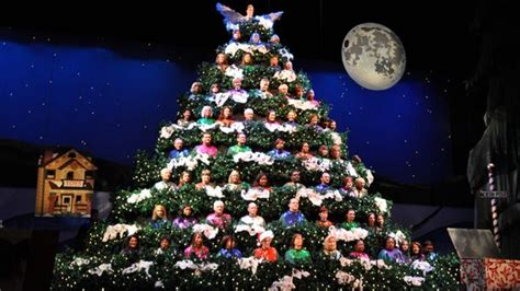 past pictures of singing christmas in sacramento singing tree continues tradition in www wsoctv