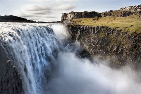 badebukser c 1 72 79 waterfalls in iceland tours travel tips guide to iceland