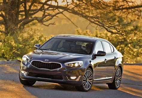 Hyundai Azera Vs Kia Cadenza Kia Cadenza Vs Hyundai Azera Buy This Not That