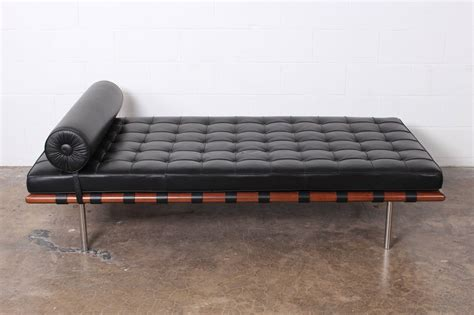 barcelona day bed barcelona daybed by mies van der rohe for knoll at 1stdibs