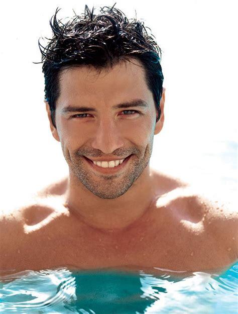 videos hombres guapos desnudos enamorados most handsome man alive male models picture