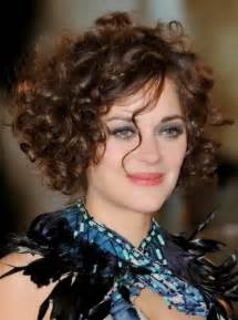 which hair style is suitable for curly hair medium height short curly hairstyles for natural hair