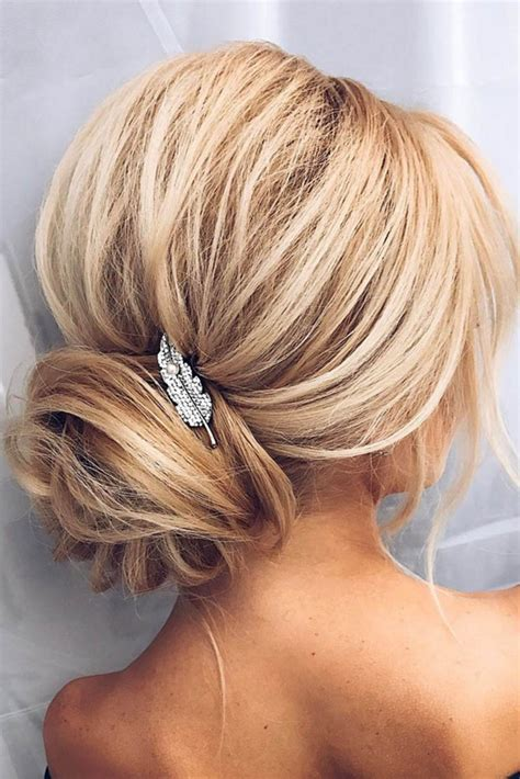 Hochzeit Frisuren Mittellange Haare 4156 by 10 Wonderful Bridesmaid Updo Hairstyles Up Do S Fancy