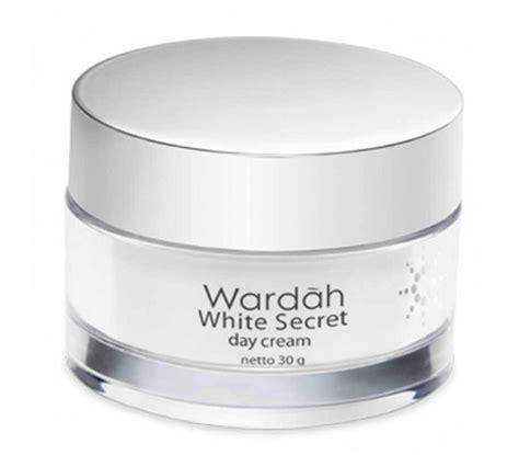 halal cosmetics singapore wardah white secret day