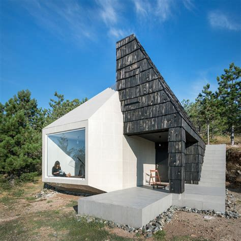 pattern visitor exle house in divcibare by exe studio detached houses