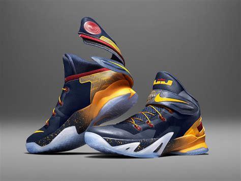 Sepatu Nike Lebron Soldier Sepatu Nike Lebron 13