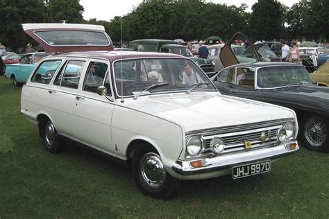 vauxhall victor estate file vauxhall victor fc estate reg october 1966 jpg