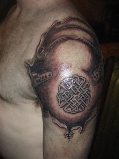 armor shoulder tattoo armor n celtic circle on shoulder tattooshunt