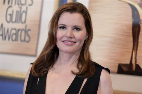 actress pregnant at 48 celebrity moms who gave birth after age 40 ny daily news