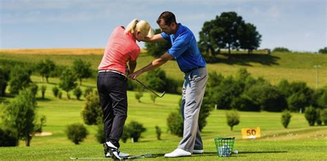 golf swing pro how golf pros can use linkedin to enhance their