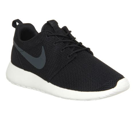 Nike Rhose nike roshe run black anth sail unisex sports