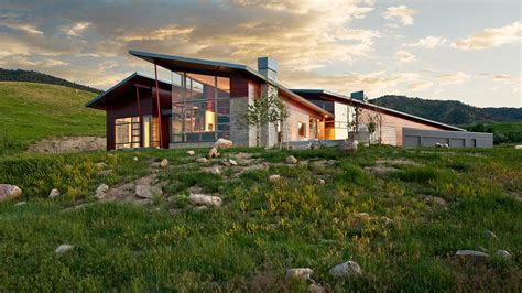 wyoming house wyoming residence modern house makes a bold statement in