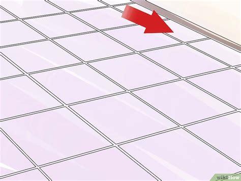 rimuovere piastrelle come rimuovere le piastrelle da pavimento 8 passaggi