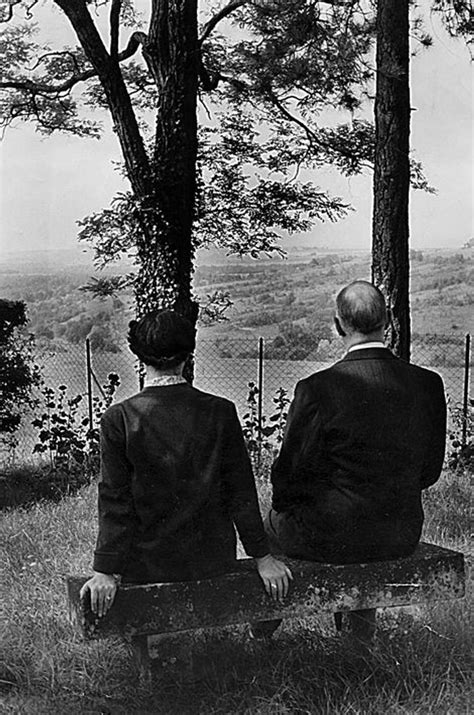 Hommage - Charles de Gaulle, dans les archives de Match
