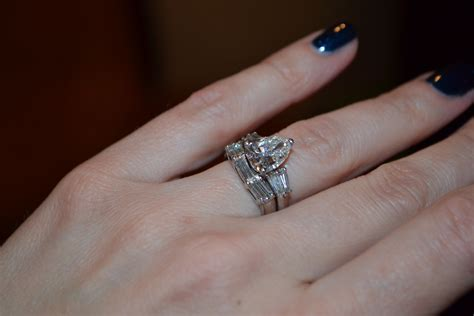How To Find For A Band Wedding Rings Engagement Rings And Wedding Bands That Fit Together Wrap Around