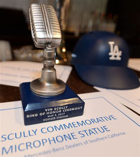 Dodger Sweatshirt Giveaway - dodgers display promotional items new food at stadium