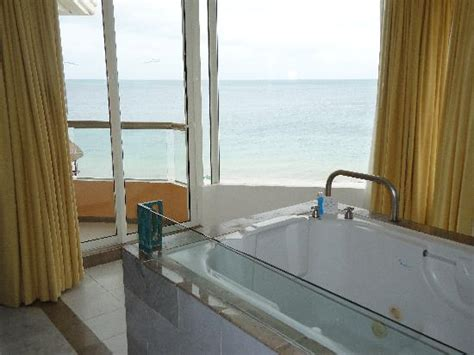 moon palace cancun front desk view behind tub from ocean front room in nizuc picture