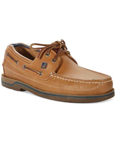 who has the best boat shoes wearing sperry shoes men www imgkid the image kid