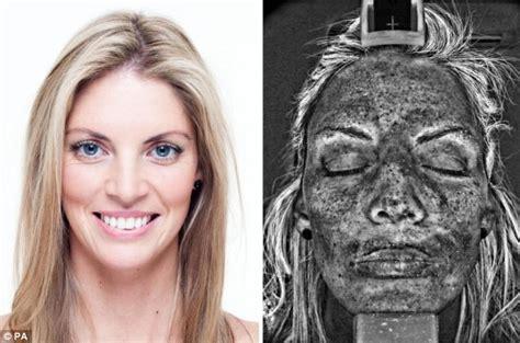 Beau Visage See Your Skins Sun Damage by R Uv Cancer Charity Puts Ultraviolet Skin Scanner In