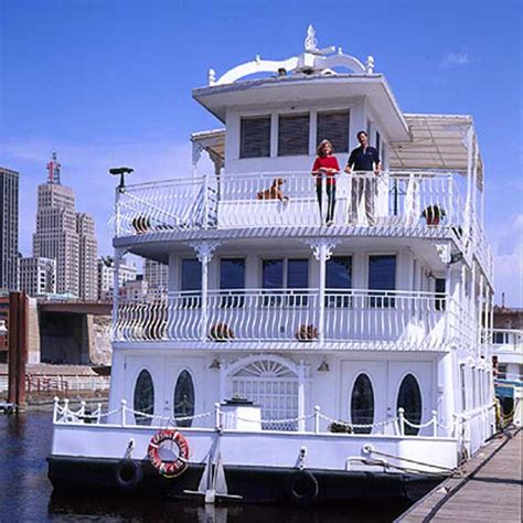 luxury boat houses luxury house boat in st paul minnesota