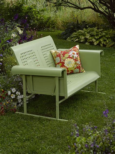 Vintage Patio Glider by 1000 Ideas About Outdoor Glider On Porch