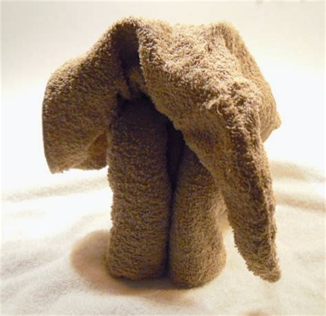 Towel Origami Elephant - an elephant a day elephant no 157 towel origami