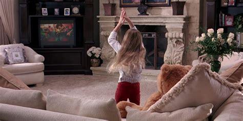 regina george bedroom regina george s booty shaking little sister is all grown up