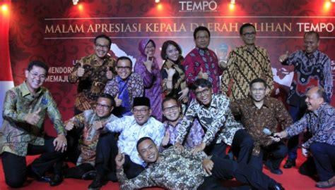 ahok achievement tempo explains ahok s absence from regional heads award
