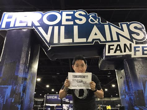heroes and villains fan fest comic book men chatting with ming chen comiconverse