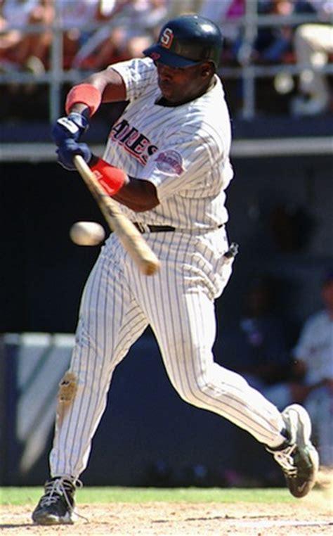 tony gwynn swing use a batting tee