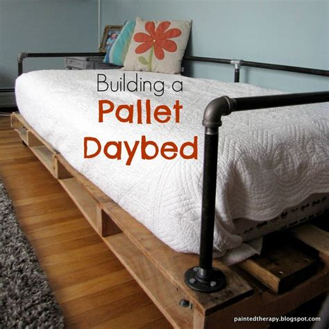 how to make a daybed best 25 daybed ideas ideas on pinterest daybed room