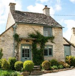 rent a cottage the honey pot a sweet cottage in the cotswolds