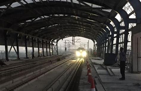Botanical Garden Metro Station Dmrc Extends Magenta Line Trial Runs To Botanical Garden Station The Metro Rail