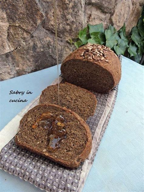 pane nero fatto in casa oltre 25 fantastiche idee su pane fatto in casa su