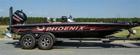phoenix bass boat gear greg hackney s phoenix tournament boat fishing
