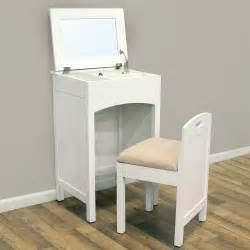 Makeup Desk Name Best Ideas About Small Makeup Vanities And Vanity Table