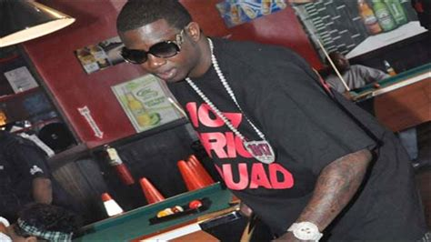 gucci mane swing my door gucci mane swing my door lyrics youtube