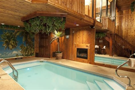 chicago hotel with pool in room sybaris weekend getaways in chicago il milwaukee wi and indianapolis in
