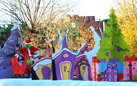 whoville decorations online grinch decorating ideas child and the grinch wave to onlookers from a float in