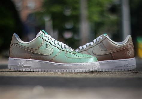 nike air force  preserved icons releaseinfos dead