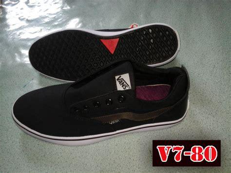 Sepatu Vans Yang Murah toko sepatu vans v7 80 terbaru toko sepatu murah